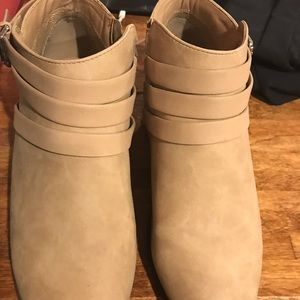 Ankle boots soda brand size 9